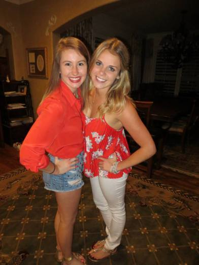 Jill and Taylor, bonded by the same Alpha Chi sisterhood, reunited over their summer break!